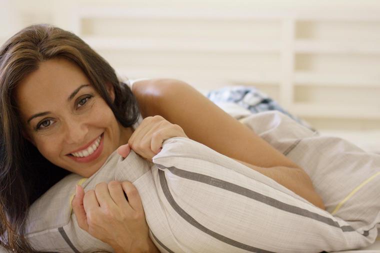 10 svakodnevnih loših navika: Zbog njih vaša koža izgleda 10 godina starije!