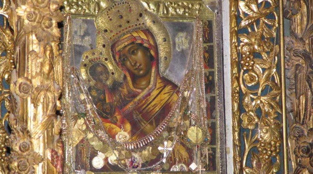 Danas je praznik ikone Presvete Bogorodice Pećke: Čudotvornoj svetinji se MOLITE OVAKO i ona će vam POMOĆI!